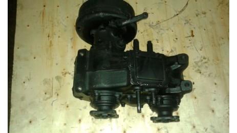 Раздатка ГАЗ 33081 33081-1800010 с барабаном ручного тормаза.